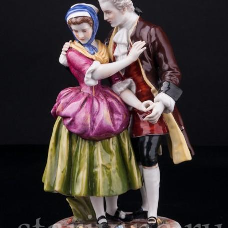 Фигурка романтической пары из фарфора Влечение, Von Schierholz, Германия, нач. 20 в.