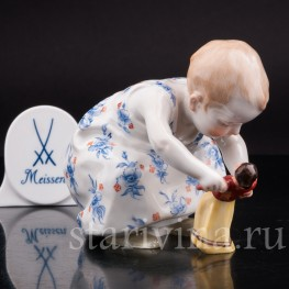 Коллекционная статуэтка Девочка с куклой, Meissen, Германия, до 1948 г.