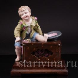 Музыкальная шкатулка Мальчик с шарманкой, Германия, 19 в.